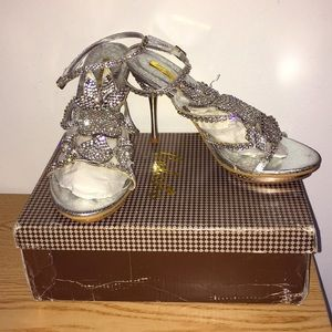 "Celeste Silver Rhinestones Strappy 4.5"" Heels Sz 8"